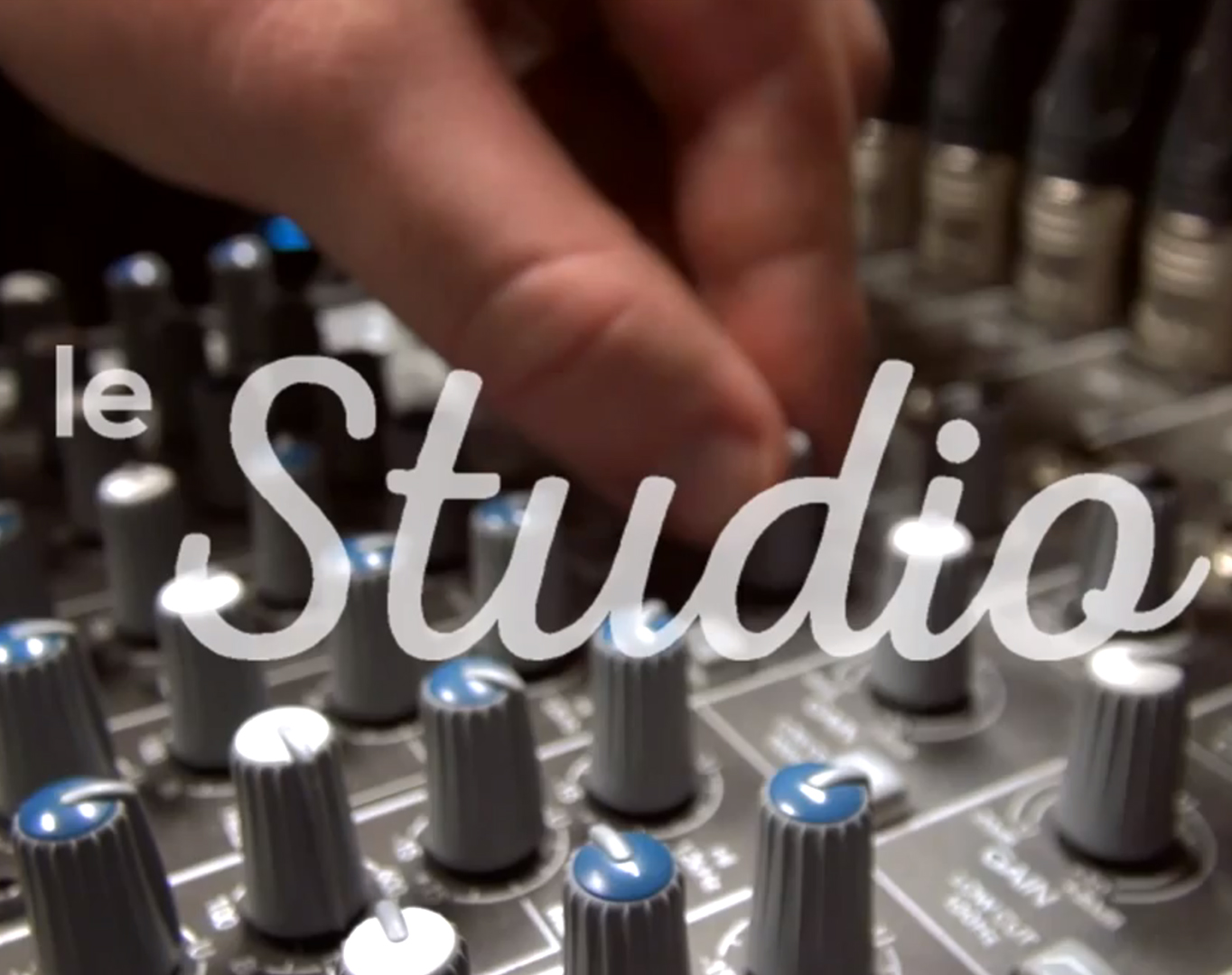 Le studio – Teaser